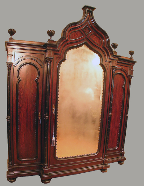 Armoires, etageres  19th Century Antique Cabinets -> Armoire Blanche Etagere